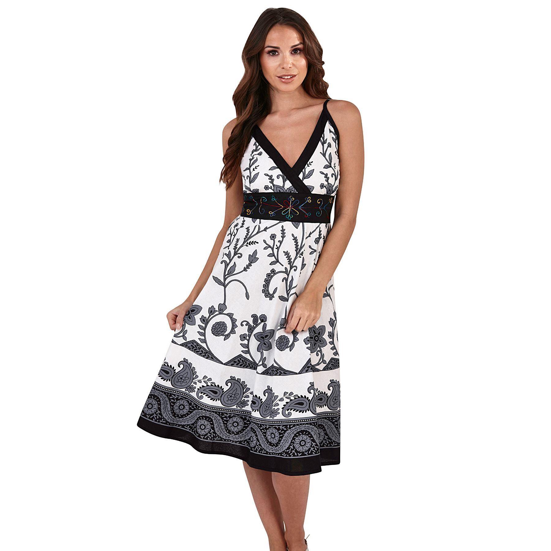 Pistachio Patterned Crossover Dress - Black